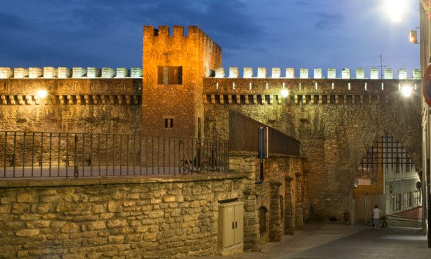 medieval-wall-night